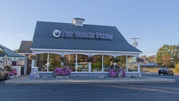 320-2495--2498 Portsmouth NH The Beach Plum